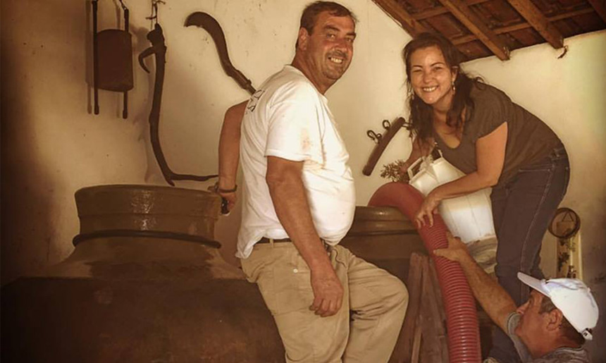 2000 let starý způsob výroby vín v amforách