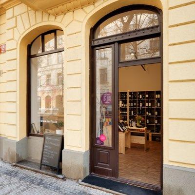 Vinotéka s portugalským vínem v Praze 8 - Karlín