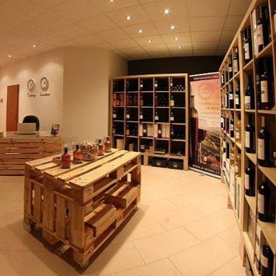 Vinotéka s portugalským vínem v Trutnově
