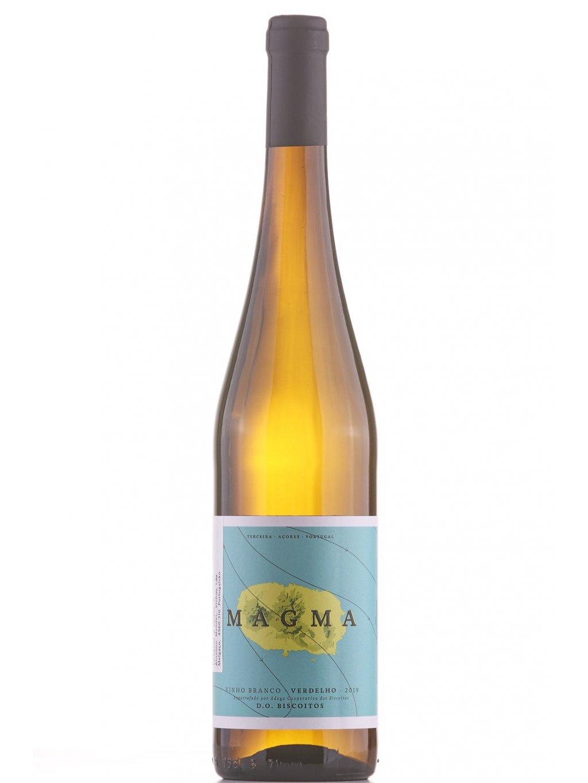 bílé víno z Azor Magma 2019
