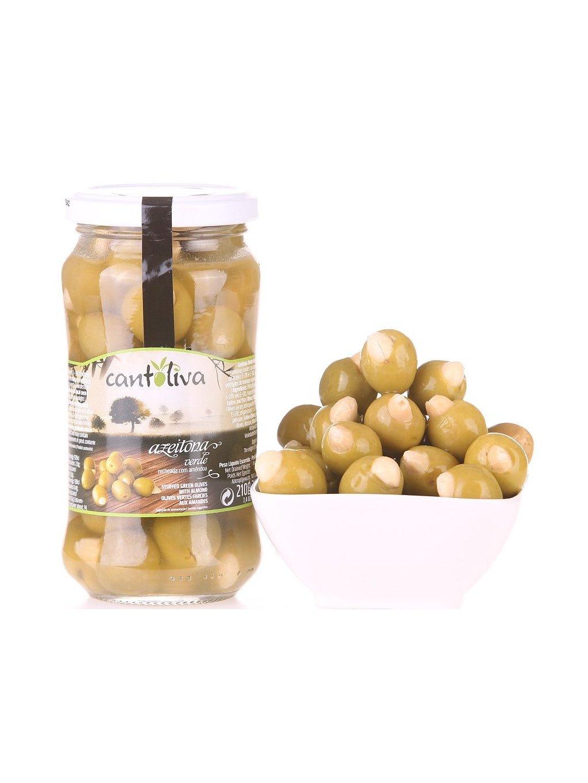 zelené olivy plněné mandlí Cantoliva