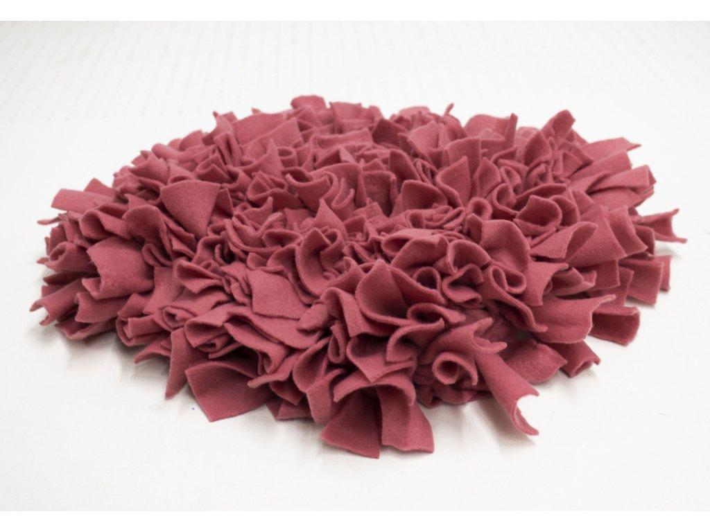 Cerino interaktivní hračka - Čmuchací kobereček 30x30 červený