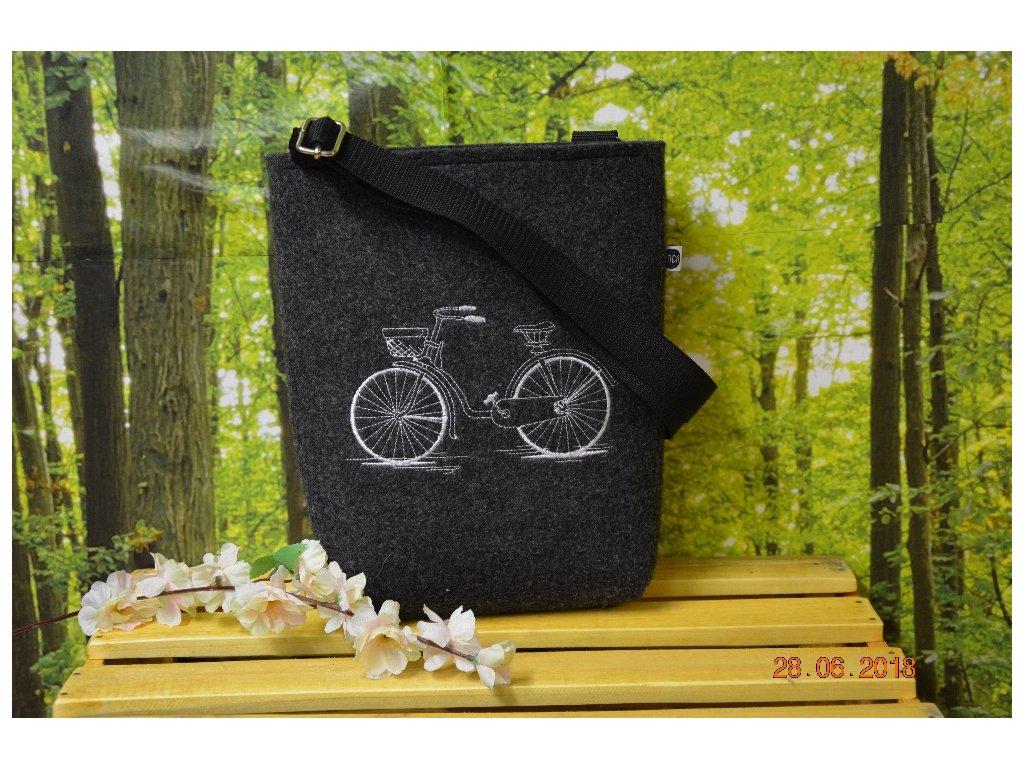 Luxusní taška z filcu 21 x 20 x 5