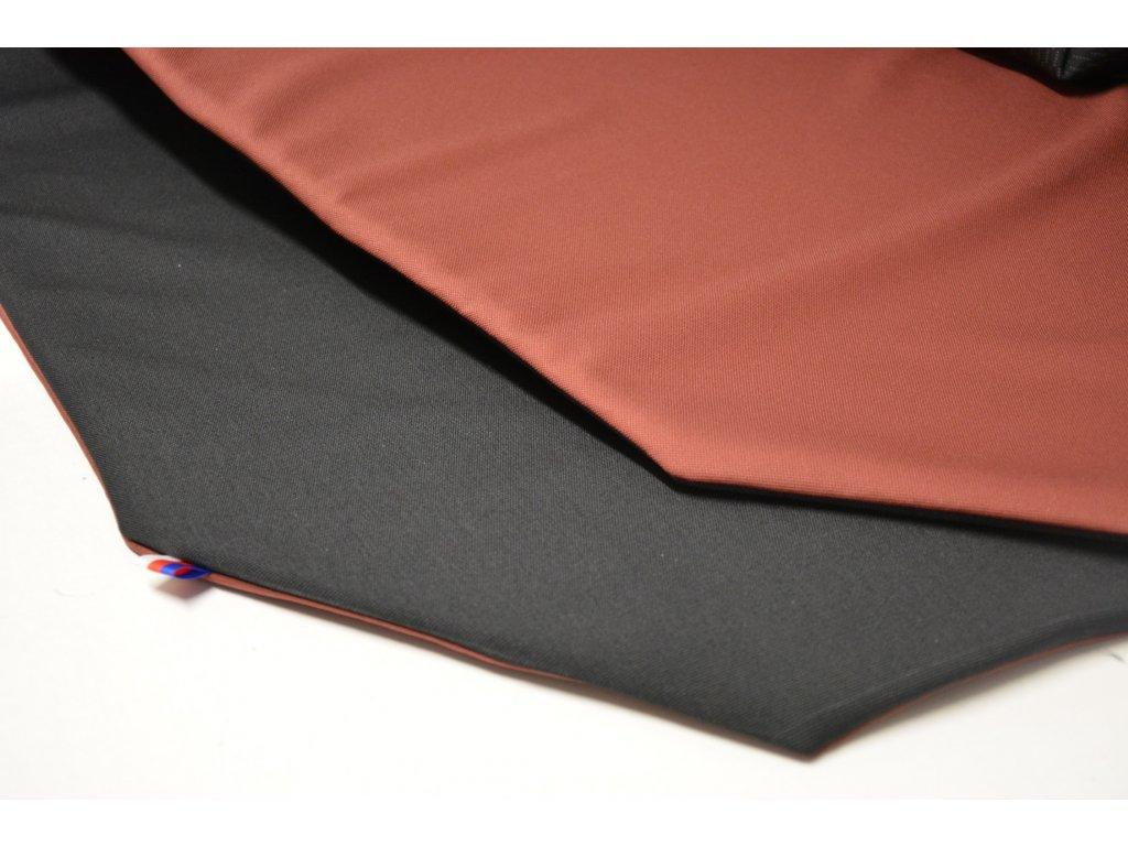 Cerino Chránič M - pro střední plemena 98 cm x 98 x 52 cm cihlová a černá