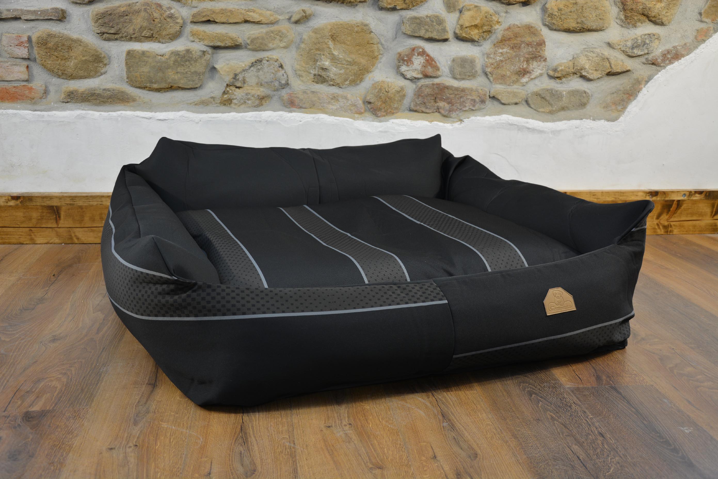 Křeslo Imola M ORCA -  černá pruhovaná 125x115x15cm