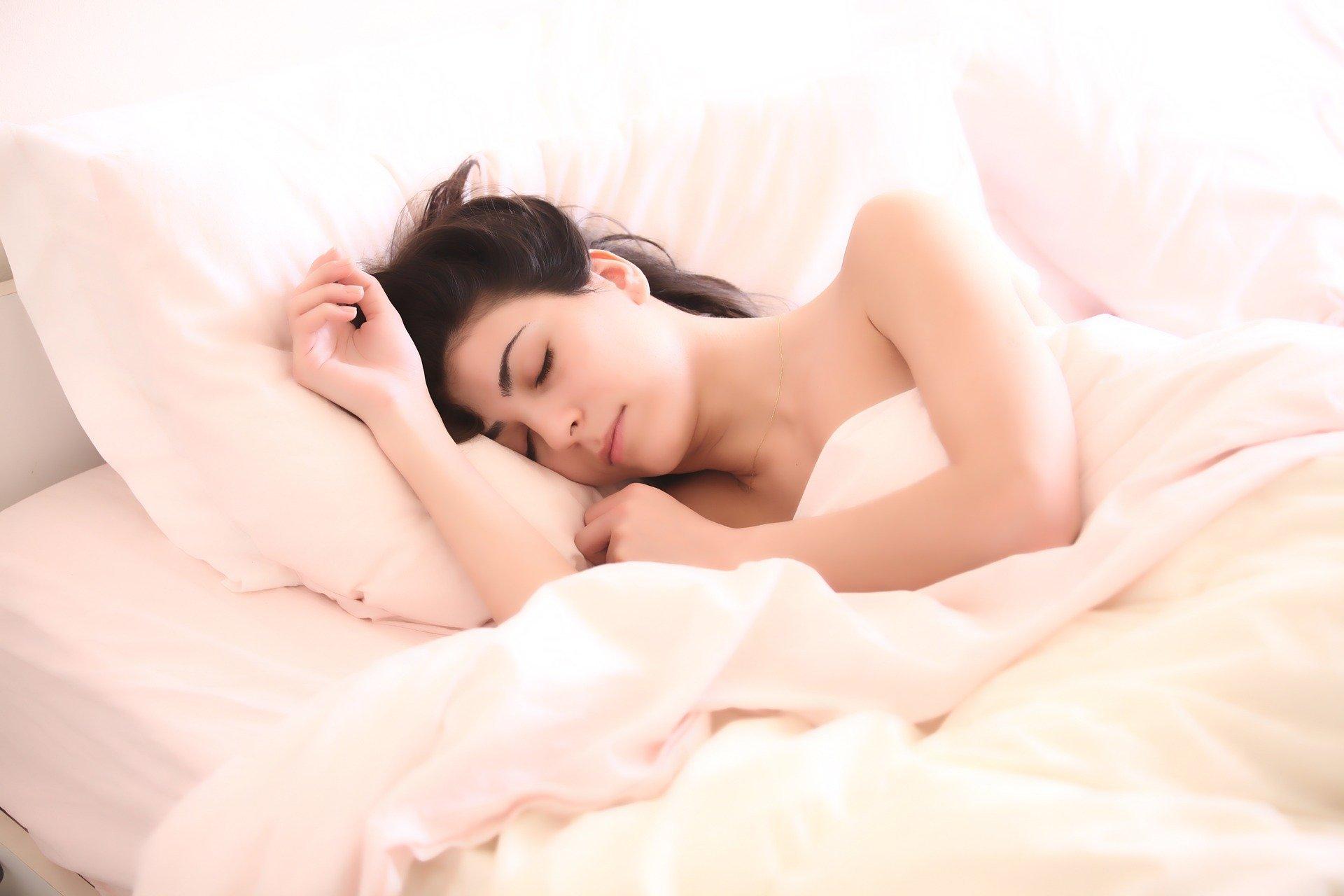 Spánek pomáhá tělu kregeneraci a kráse