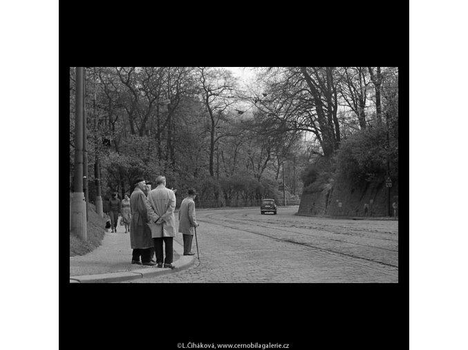 Chotkova silnice (5245-2), Praha 1967 duben, černobílý obraz, stará fotografie, prodej