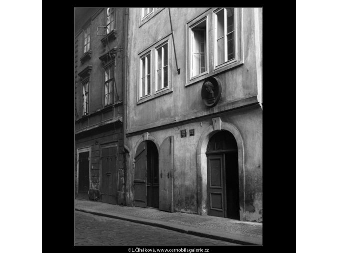 Rodný dům K.Světlé (262), Praha 1958 , černobílý obraz, stará fotografie, prodej
