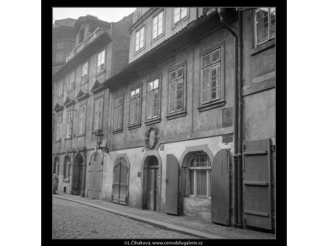 Rodný dům E.Vojana (571-1), Praha 1958 , černobílý obraz, stará fotografie, prodej