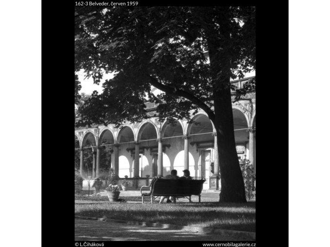 Belveder (162-3), Praha 1959 červen, černobílý obraz, stará fotografie, prodej