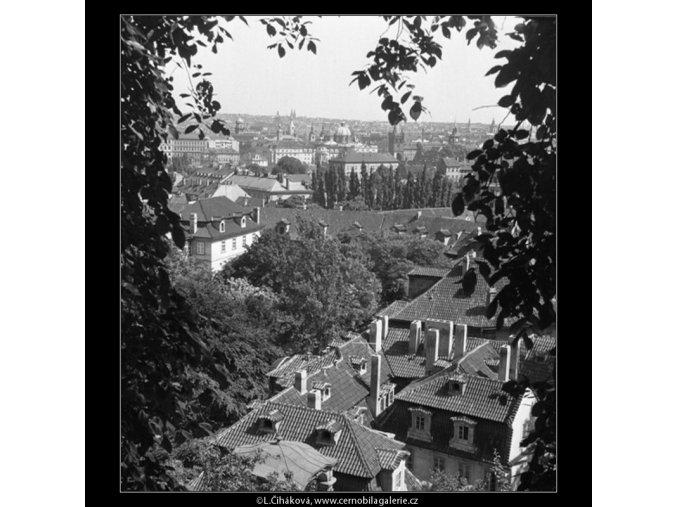 Malá Fürstenberská zahrada (165-3), Praha 1959 červen, černobílý obraz, stará fotografie, prodej