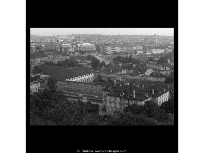 Pohled na Prahu  (224-2), Praha 1959 srpen, černobílý obraz, stará fotografie, prodej