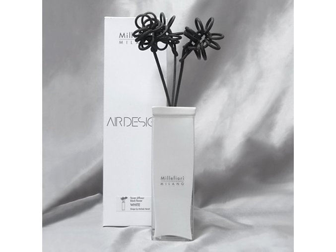 210067 black-flower-t-white-aroma-difuzor I