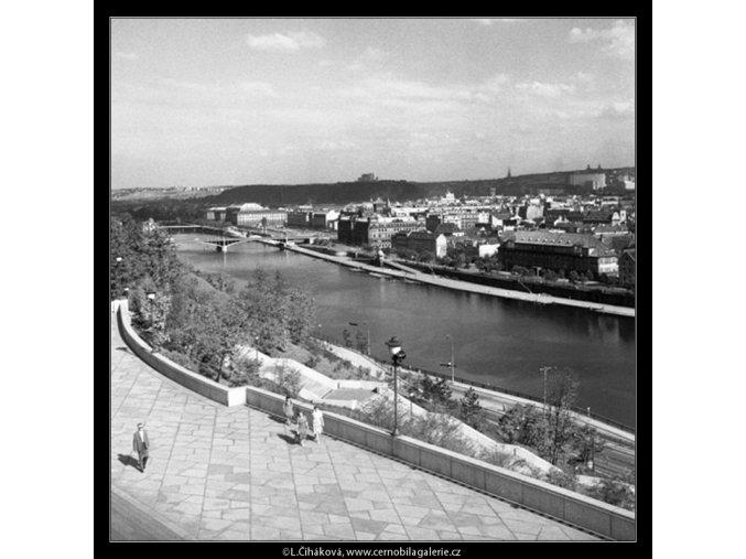 Pohled na Prahu (259-1), Praha 1959 září, černobílý obraz, stará fotografie, prodej
