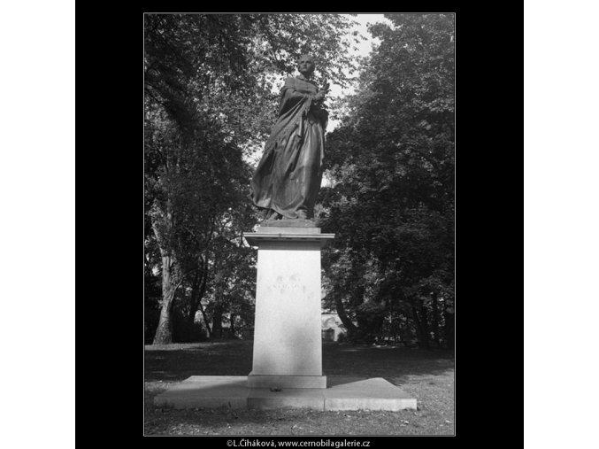 Pomník B.Němcové (398-2), Praha 1959 , černobílý obraz, stará fotografie, prodej