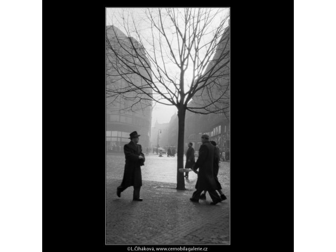 Václavské náměstí (731), Praha 1959 , černobílý obraz, stará fotografie, prodej
