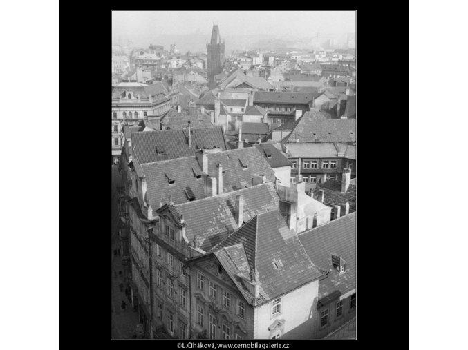 Pohled na střechy (762-2), Praha 1959 , černobílý obraz, stará fotografie, prodej