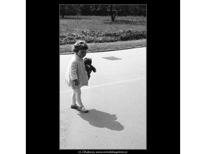 Viděno na Kampě (637-9), Praha 1960 červen, černobílý obraz, stará fotografie, prodej