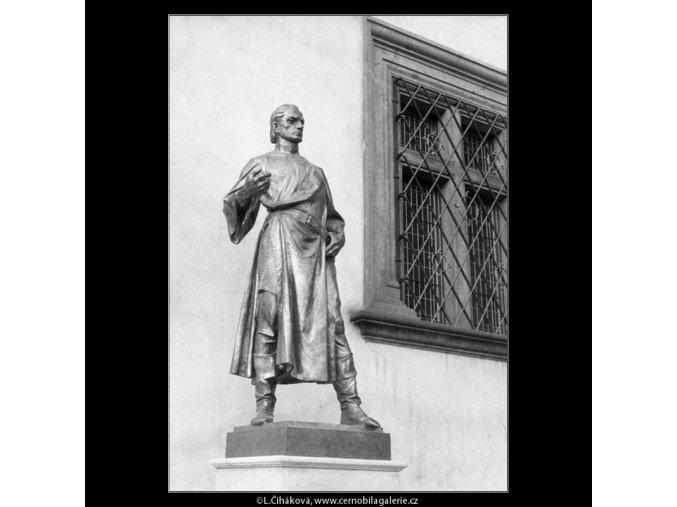 Plastika Jana Želivského (659-1), Praha 1960 červen, černobílý obraz, stará fotografie, prodej
