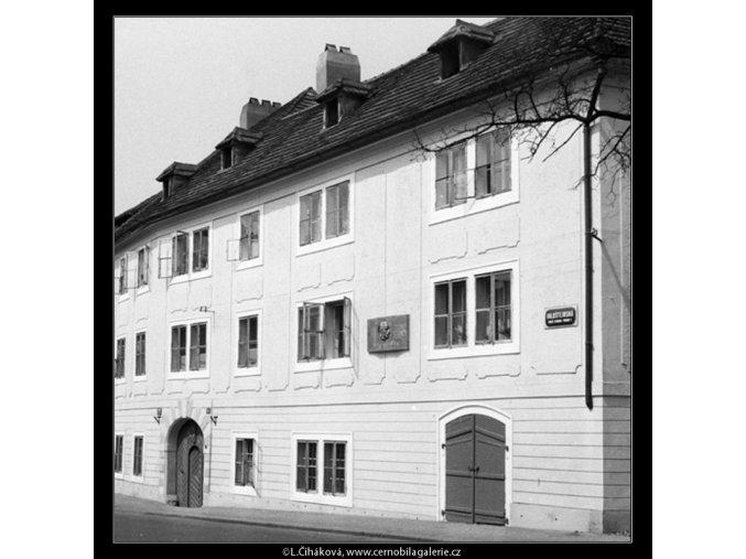 Památný dům (753), Praha 1960 červen, černobílý obraz, stará fotografie, prodej