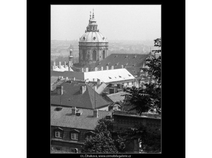 Chrám sv.Mikuláše (1252-3), Praha 1961 , černobílý obraz, stará fotografie, prodej