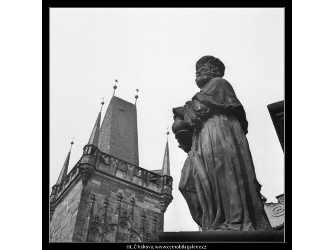 Socha Karlova mostu (1286-1), Praha 1961 , černobílý obraz, stará fotografie, prodej