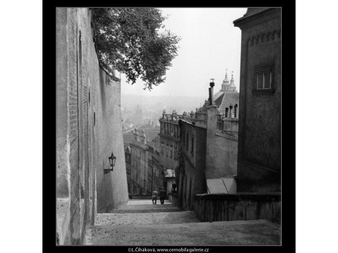 Nové zámecké schody (1359), Praha 1961 léto, černobílý obraz, stará fotografie, prodej