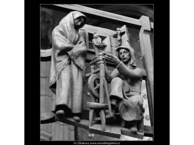 Výzdoba mříže Zlaté brány (1367-10), Praha 1961 listopad, černobílý obraz, stará fotografie, prodej