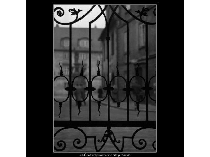 Mříže (1500-1), Praha 1962 březen, černobílý obraz, stará fotografie, prodej