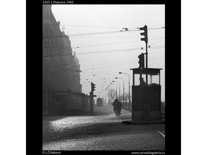 Doprava (1425-1), žánry - Praha 1962 , černobílý obraz, stará fotografie, prodej