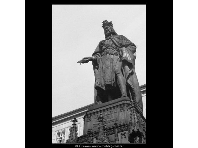 Pomník Karla IV (1892), Praha 1962 říjen, černobílý obraz, stará fotografie, prodej