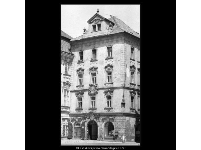 Dům u Kamenného zvonu (1742), Praha 1962 červenec, černobílý obraz, stará fotografie, prodej