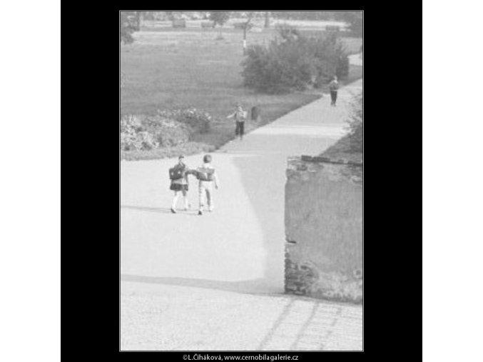 Školáci (1811), žánry - Praha 1962 září, černobílý obraz, stará fotografie, prodej