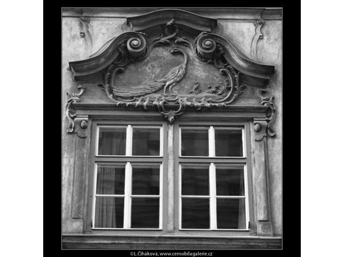 Pražská okna (2147-2), Praha 1963 duben, černobílý obraz, stará fotografie, prodej