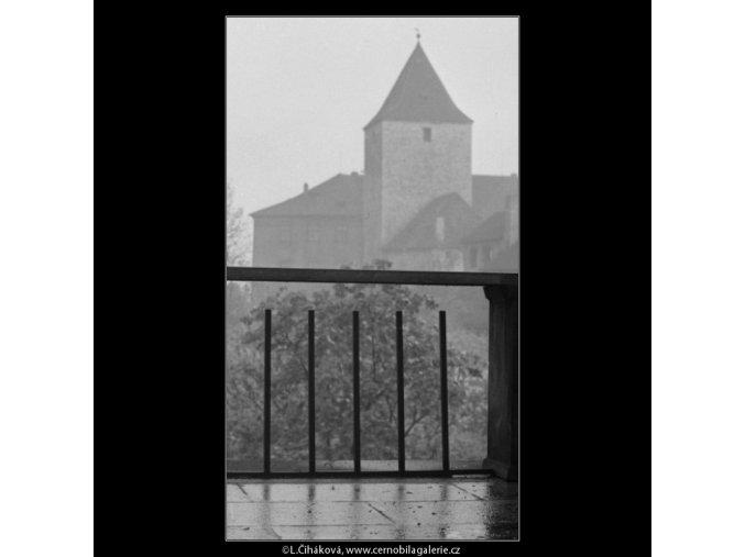 Novodobé zábradlí (2201), Praha 1963 květen, černobílý obraz, stará fotografie, prodej