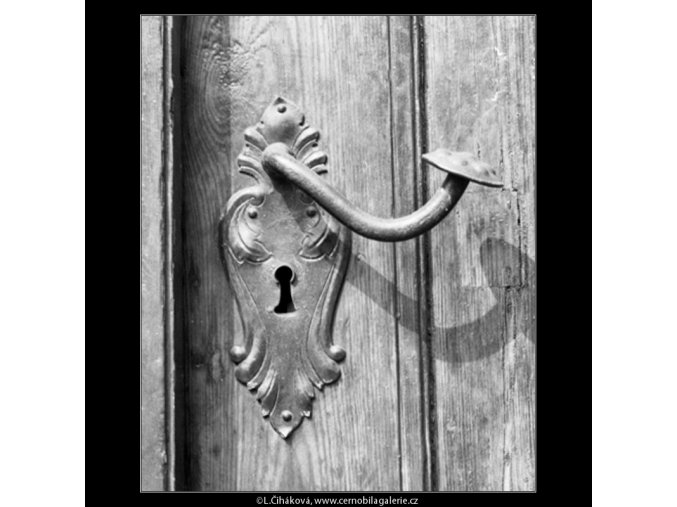 Zámek na dveřích (2394-1), Praha 1963 září, černobílý obraz, stará fotografie, prodej