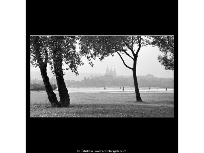 Letenská pláň (2439-2), Praha 1963 září, černobílý obraz, stará fotografie, prodej