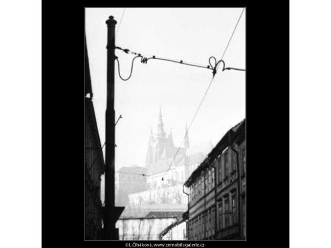 Pohled na Hrad (2590-2), žánry - Praha 1963 prosinec, černobílý obraz, stará fotografie, prodej