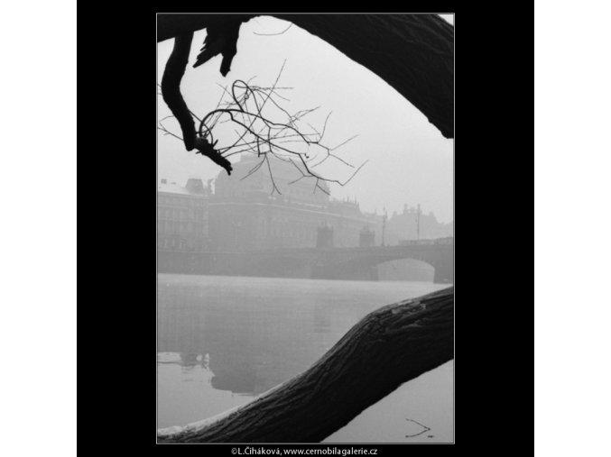 Pohled k Národnímu divadlu (2613-4), Praha 1963 prosinec, černobílý obraz, stará fotografie, prodej