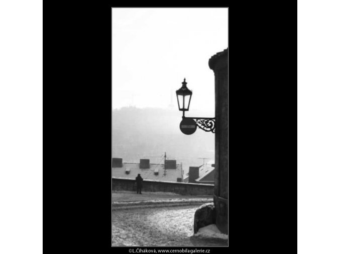 Ulice Ke Hradu (2645-2), žánry - Praha 1964 leden, černobílý obraz, stará fotografie, prodej