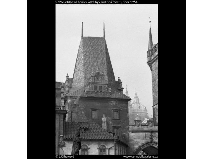 Špičky věže býv.Juditina mostu (2726), Praha 1964 únor, černobílý obraz, stará fotografie, prodej