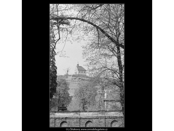 Domek na návrší (2906), Praha 1964 květen, černobílý obraz, stará fotografie, prodej