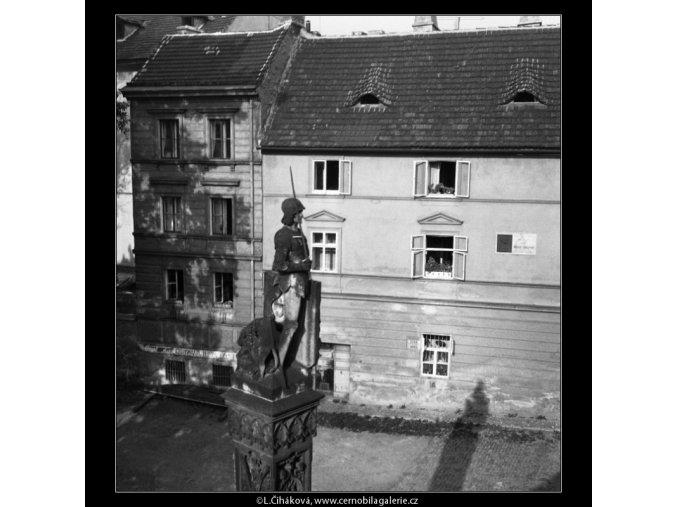 Socha Bruncvíka (198), Praha 1959 červen, černobílý obraz, stará fotografie, prodej