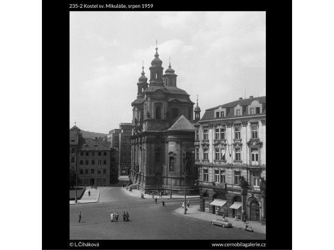 Kostel sv. Mikuláše (235-2), Praha 1959 srpen, černobílý obraz, stará fotografie, prodej