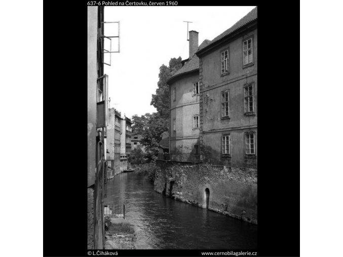 Pohled na Čertovku (637-6), Praha 1960 červen, černobílý obraz, stará fotografie, prodej