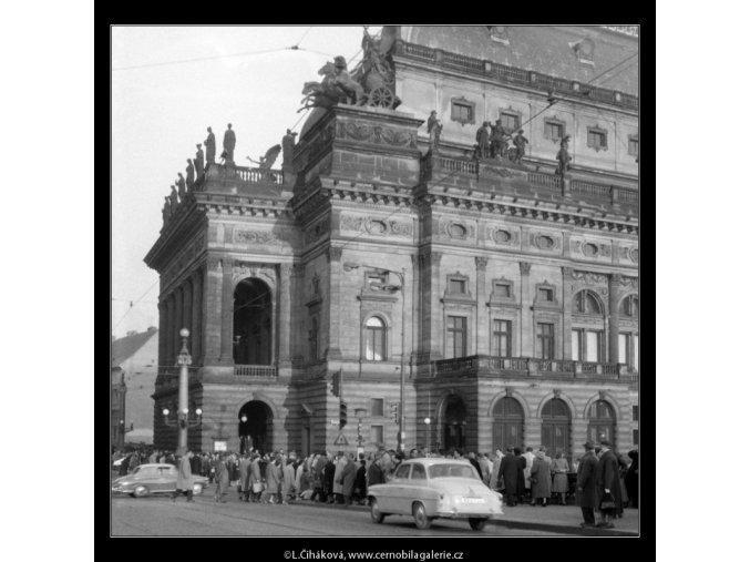 Pohled k Národnímu divadlu (653), Praha 1960 březen, černobílý obraz, stará fotografie, prodej