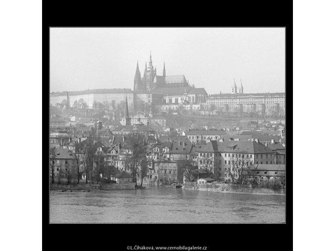 Pohledy na Hrad (3587-1), Praha 1965 březen, černobílý obraz, stará fotografie, prodej