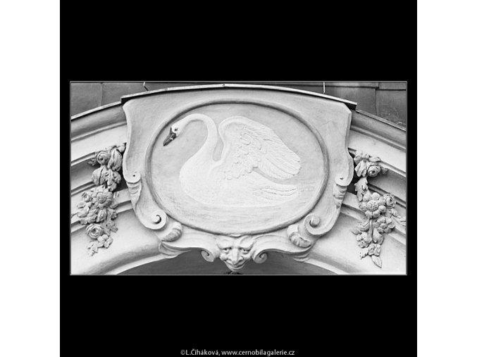 U Bílé labutě (3602), Praha 1965 březen, černobílý obraz, stará fotografie, prodej