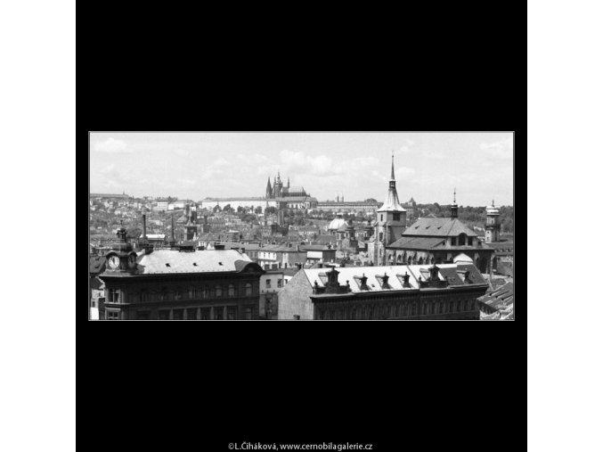 Pražské panorama (766-2), Praha 1960 červenec, černobílý obraz, stará fotografie, prodej