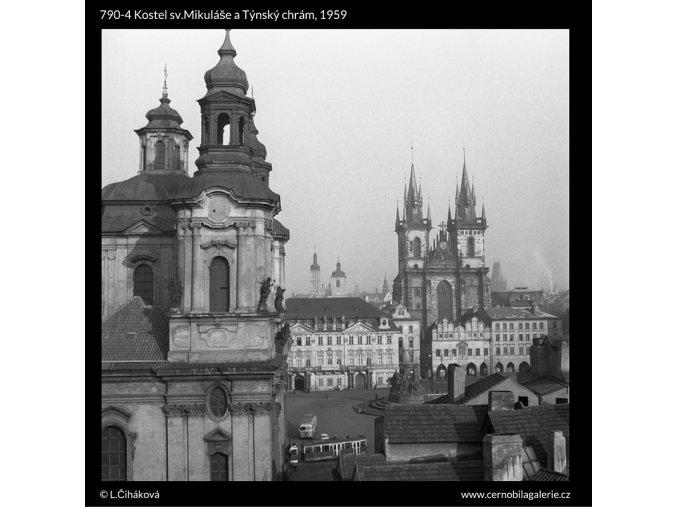 Kostel sv.Mikuláše a Týnský chrám (790-4), Praha 1959 , černobílý obraz, stará fotografie, prodej
